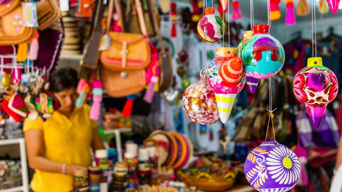 Esperanzas Tours Fanstastic Land Sea Day Shopping